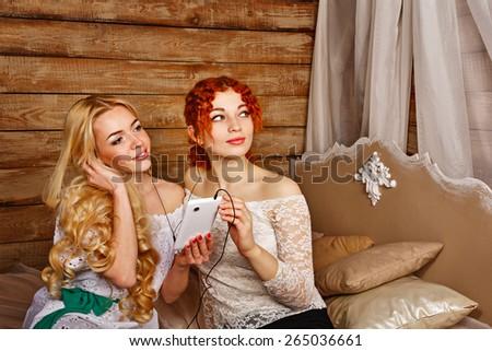 Blond redhead music