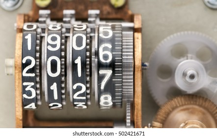 Two thousands sixteen and a half. Running time. The old mechanical counter, with digits.