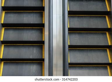 Two ways escalator / Go up & go down