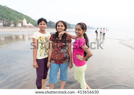Teen hitchhikers beach