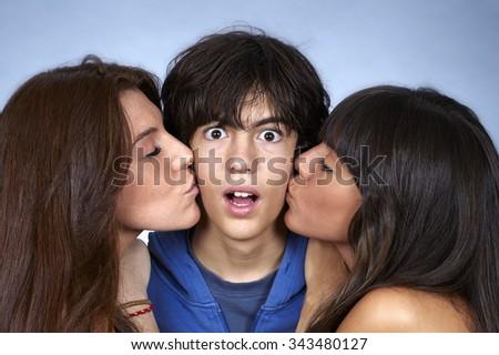 Share women teen kissing