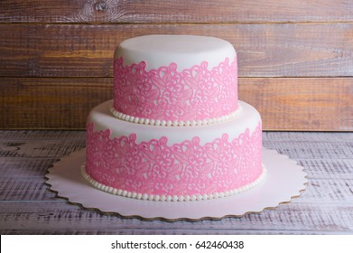 two-tier fondant wedding lace cake with bear and bunny