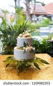 Two-tier wedding cake.