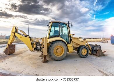 Two-wheeled excavator