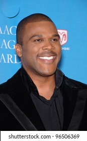 TYLER PERRY at the 37th Annual NAACP Image Awards at the Shrine Auditorium, Los Angeles. February 25, 2006  Los Angeles, CA.  2006 Paul Smith / Featureflash