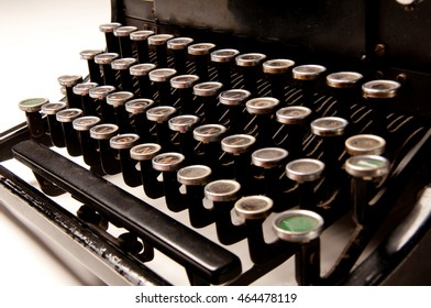 typewriter in antique age