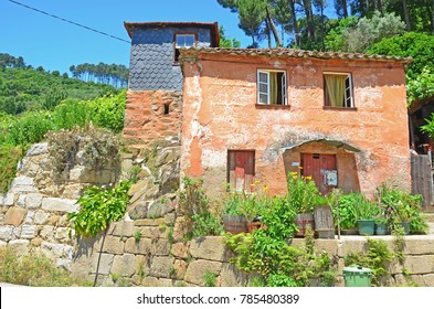 A typical country house close to the River Douro in Portugal with lots of flowers
