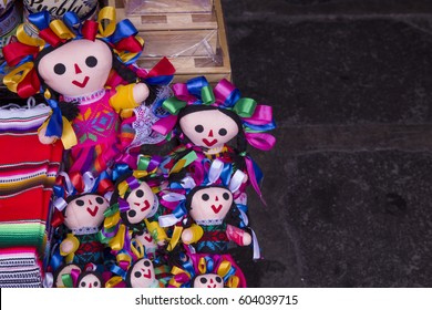 TYPICAL HANDICRAFTS OF PUEBLA MEXICO DOLLS