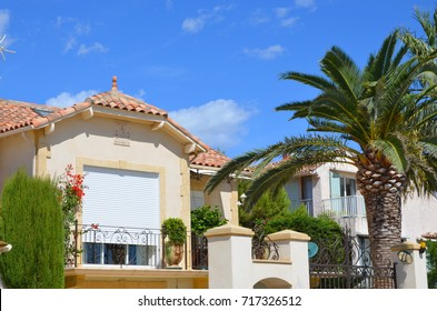 Typical provençal house, south of France