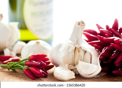 Typical ingredients of Italian cuisine Garlic and chilli
