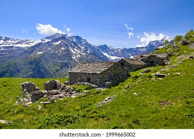 Typical mountain panorama while hiking in the high Lanzo Valleys in spring, in Groscavallo, Piedmont, Italy