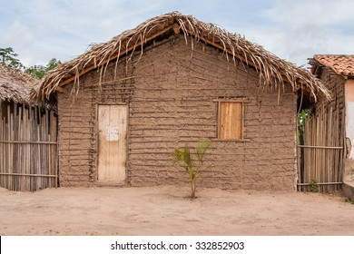 Fabulous Poor Houses Images Stock Photos Vectors Shutterstock Interior Design Ideas Apansoteloinfo