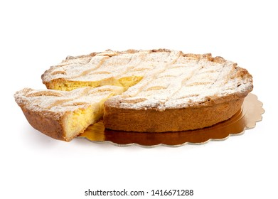 typical Neapolitan dessert with ricotta and sugar