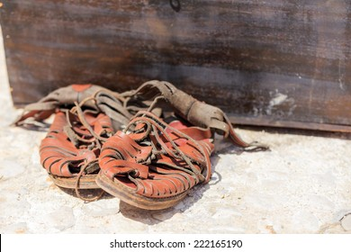 Typical object used by the Roman legions of the Roman Empire. It's a sandal used by soldiers