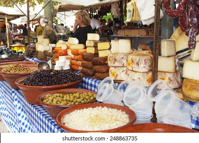 typical products in mallorca market