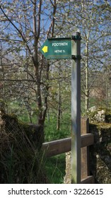 typical sign of an official footpath in Oxfordshire, England, UK