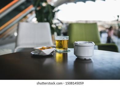 Imágenes Fotos De Stock Y Vectores Sobre Terraza Bar