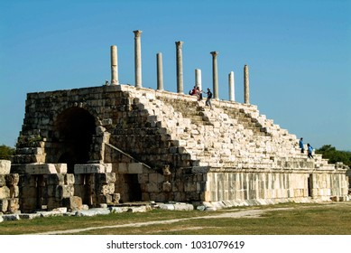 Tyre (Sour), Lebanon - 4.10.04 Tribune stand of the Roman Amphitheatre. The stadium could seat 20,000 spectators to watch chariot races.