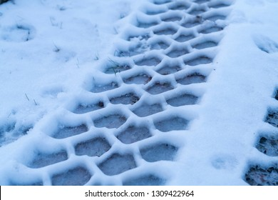 Tyre track in the snow