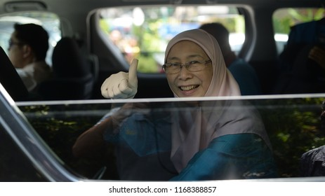 UALA LUMPUR, MALAYSIA - APRIL 28, 2018 : President Peoples Justice Party (PKR) Wan Azizah a candidate for Pakatan Harapan in Pandan (P100) parliament during nomination day 14th general election.