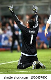UEFA Champions League Final - Real Madrid vs Atletico -  Milan - Stadio San Siro - 28/05/2016 Keylor Navas celebrates