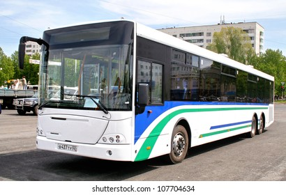 UFA, RUSSIA - MAY 25: City bus NEFAZ 52998 (VDL Transit) exhibited at the annual Motor show Autosalon on May 25, 2009 in Ufa, Bashkortostan, Russia.