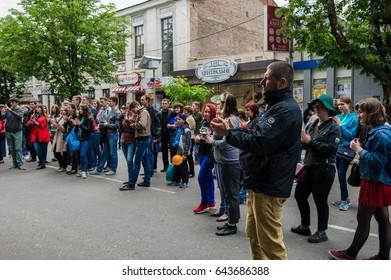 UKRAINE, KRYVYI RIH - MAY 20, 2017: Festival of street music. Listeners at the festival.