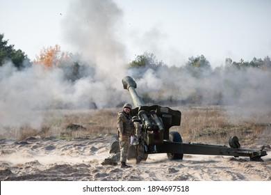 Ukrainian servicemen fire from the 152 mm towed gun-howitzer D-20 at the artillery range near the village of Divychky, Kyiv region, Ukraine. October 29, 2020.