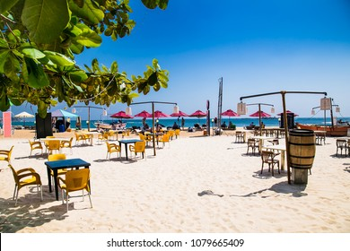 UNAWATUNA, SRI LANKA-JAN 4, 2017:Wonderful sand beach of Unawatuna on Jan 4, 2107 in  Sri Lanka.