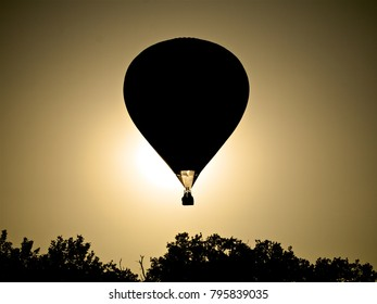 Under exposed hot air balloon, Brissac-Quincé in France, 2009.