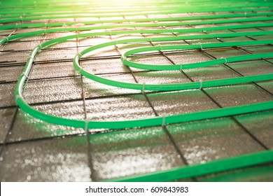 underfloor heating green pipe installation