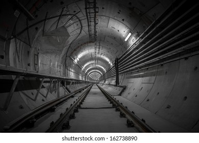 Underground nuclear shelter for fallout