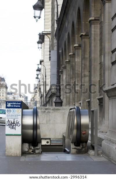 Underground - Tube