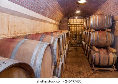 Underground Wine Cellar,Shallow doff