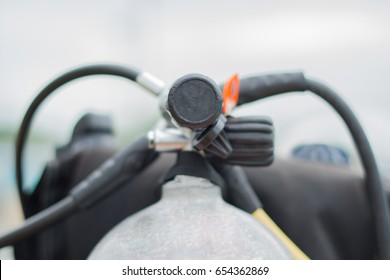 Underwater diving equipment