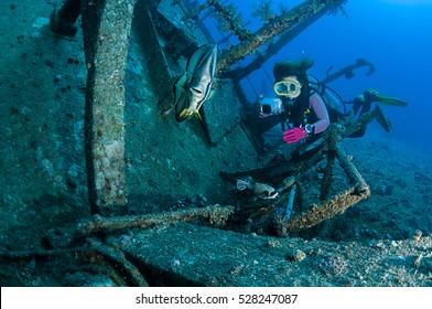 Underwater Wreck Photographer