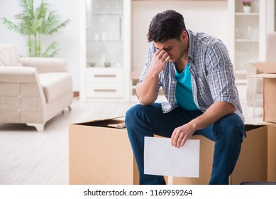 Unemployed man receiving foreclosure notice letter