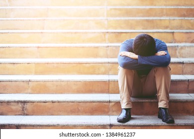 Unemployed people crisis Despair and stress people compression in office feel stressful can't make decision jobless or depression situation Stress cause mental problems Stress and Jobless Concept.