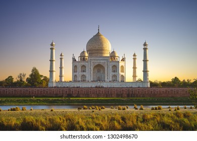 unesco Taj Mahal in Agra, India at dusk