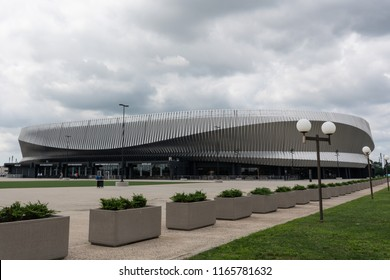 Uniondale, NY - August 22, 2018: Side  view of the Nassau County Veterans Memorial Coliseum.
