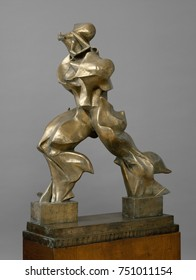 UNIQUE FORMS OF CONTINUITY IN SPACE, by Umberto Boccioni, 1913, Italian Futurist bronze sculpture. The artists classic striding figure forms are shaped by the power of its forward movement. Cubism pro