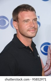 The Unit star SCOTT FOLEY at the CBS Summer Press Tour Stars Party at the Rose Bowl in Pasadena, CA.  July 15, 2006  Pasadena, CA  2006 Paul Smith / Featureflash