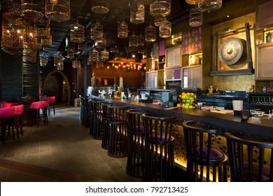 United Arab Emirates, Dubai, 07/14/2014, Asia Asia, japanese eastern fusion restaurant interior, pier 7, Dubai Marina