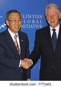 United Nations Secretary General Ban Ki-moon (L) and former president Bill Clinton