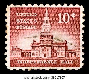 UNITED STATES OF AMERICA - CIRCA 1954: A stamp printed in USA shows Independence Hall, circa 1954