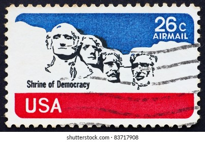 UNITED STATES OF AMERICA - CIRCA 1974: a stamp printed in the United States of America shows Mt. Rushmore National Memorial, circa 1974