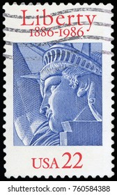 UNITED STATES OF AMERICA - CIRCA 1986: A stamp printed in USA shows the Statue of Liberty, circa 1986