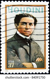 UNITED STATES OF AMERICA - CIRCA 2002 : stamp printed in USA show great American magician Harry Houdini, circa 2002