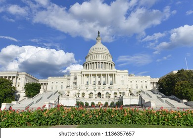 United States Capitol Building - Wide angle view