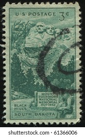 UNITED STATES - CIRCA 1952: stamp printed by United states, shows  Rushmore Memorial, circa 1952.